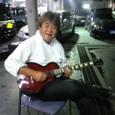 こちらは、エレキギター担当!